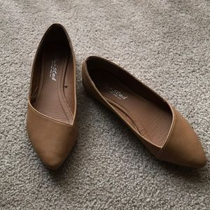 Tan Pointed-Toe Flats